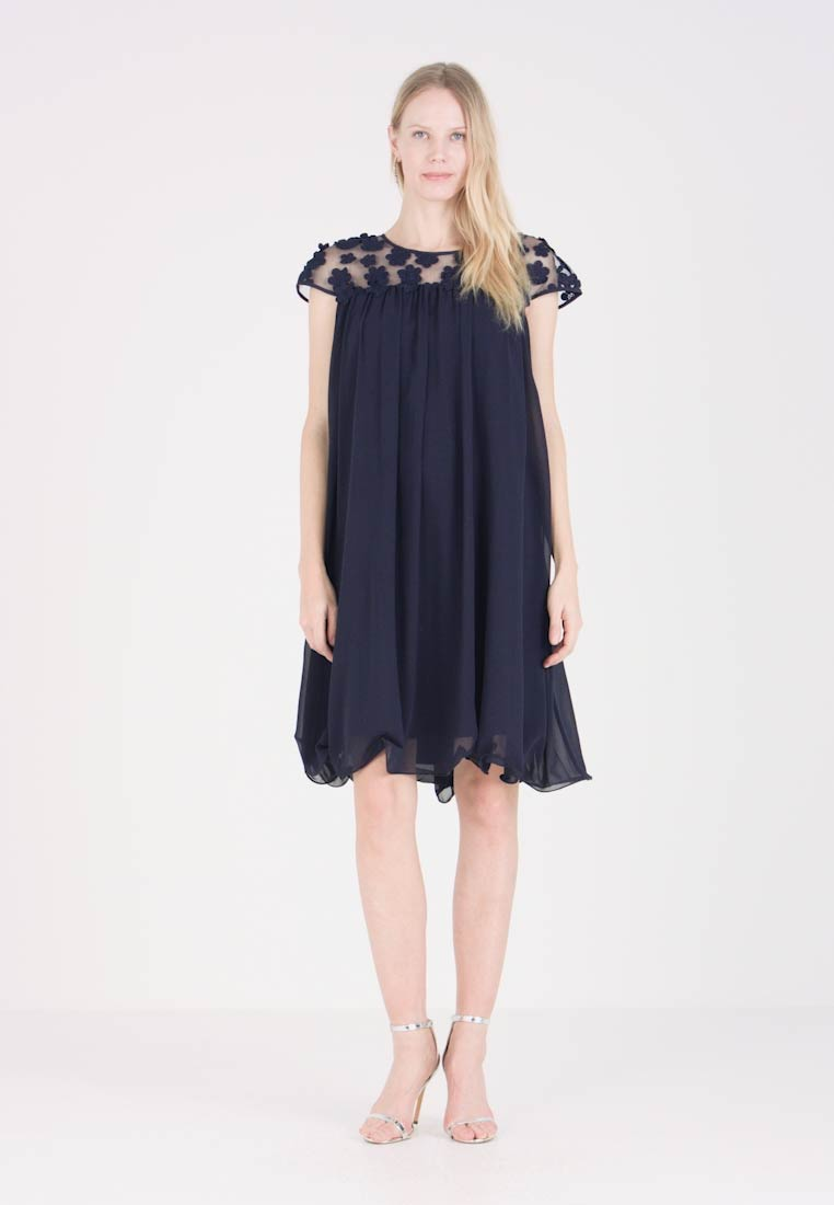 Apart - DRESS WITH FLOWERS - Robe de soirée - midnight blue - 1