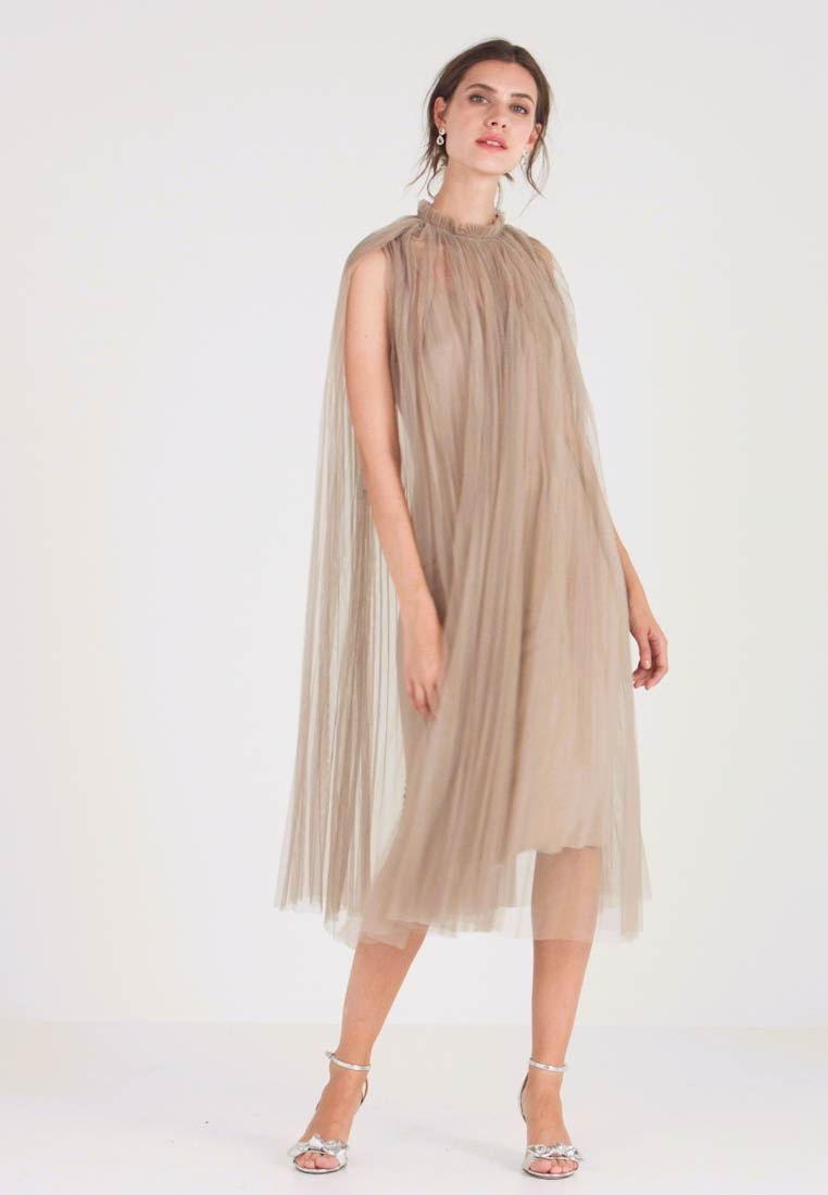 Apart - DRESS WITH BELT - Cocktail dress / Party dress - silver - 1