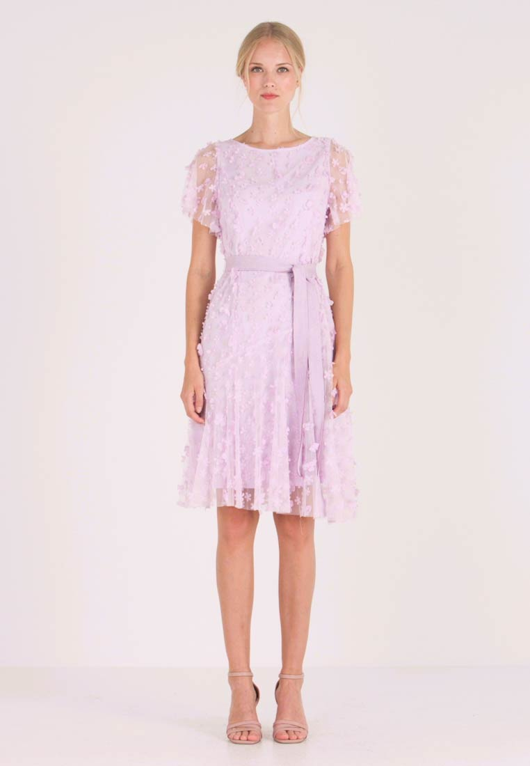 Apart - EMBROIDERED DRESS - Cocktail dress / Party dress - lavender - 1