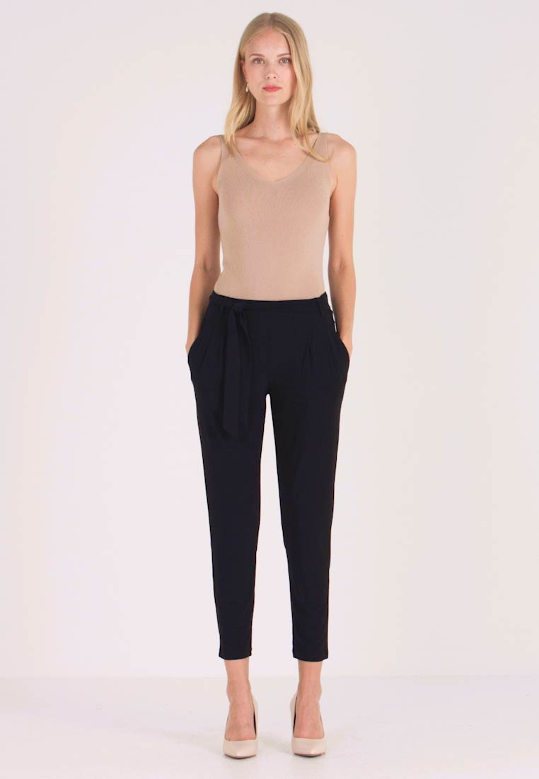Betty & Co - Trousers - black - 1