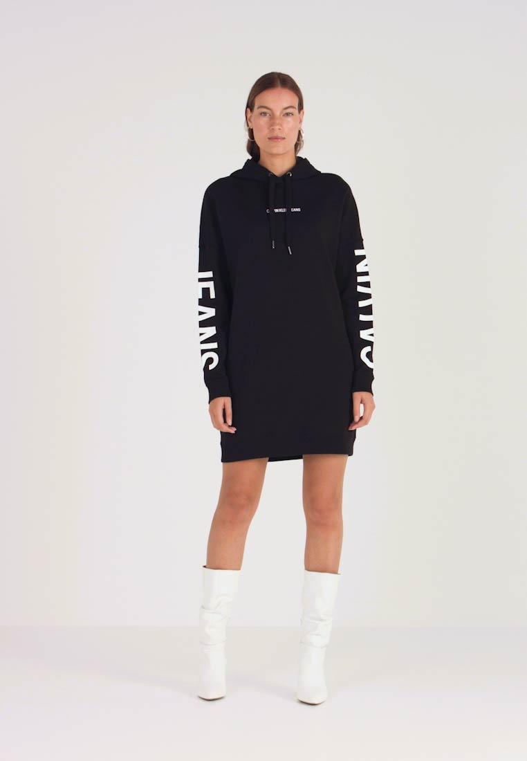 Calvin Klein Jeans - INSTITUTIONAL LOGO HOODIE DRESS - Denní šaty - black beauty - 1