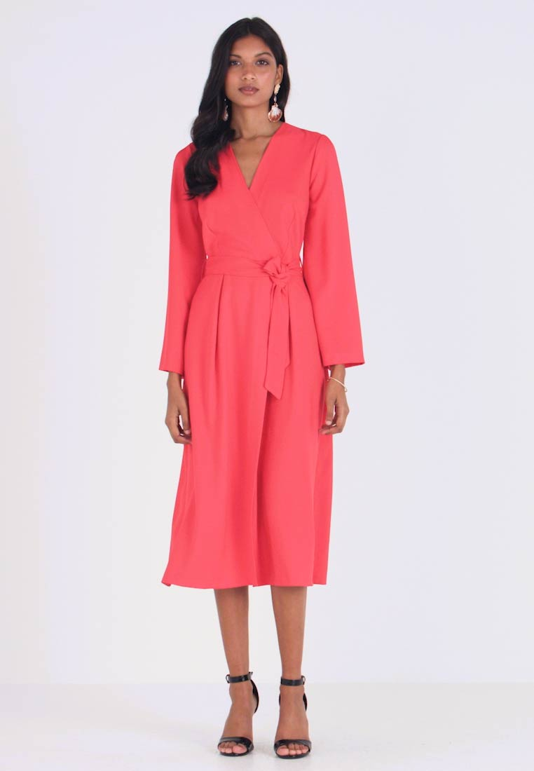 Closet - PLEATED SLEEVE WRAP DRESS WITH FRONT TIE - Denní šaty - red - 1