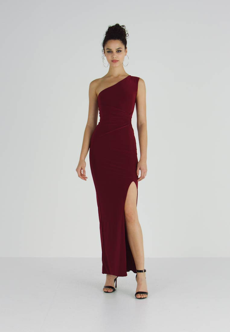 Club L London - ONE SHOULDER RUCHED WAIST MAXI DRESS WITH THIGH SPLIT - Iltapuku - wine - 1