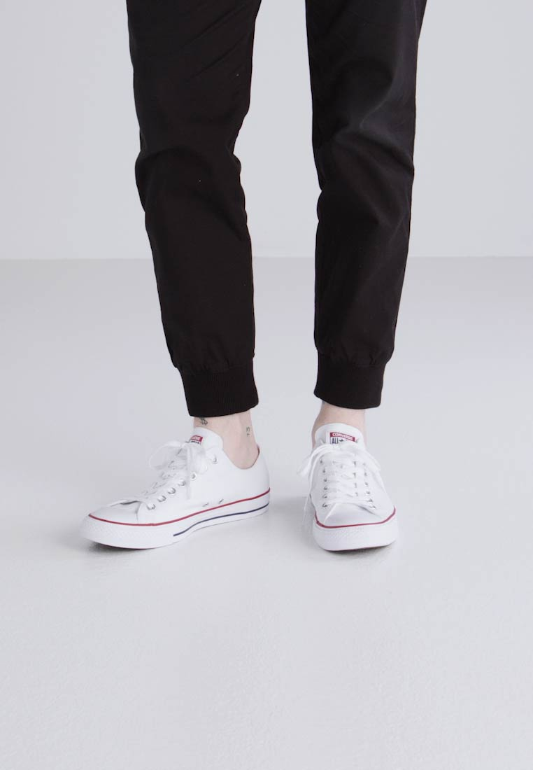 Converse - CHUCK TAYLOR ALL STAR OX - Sneaker low - optical white - 1