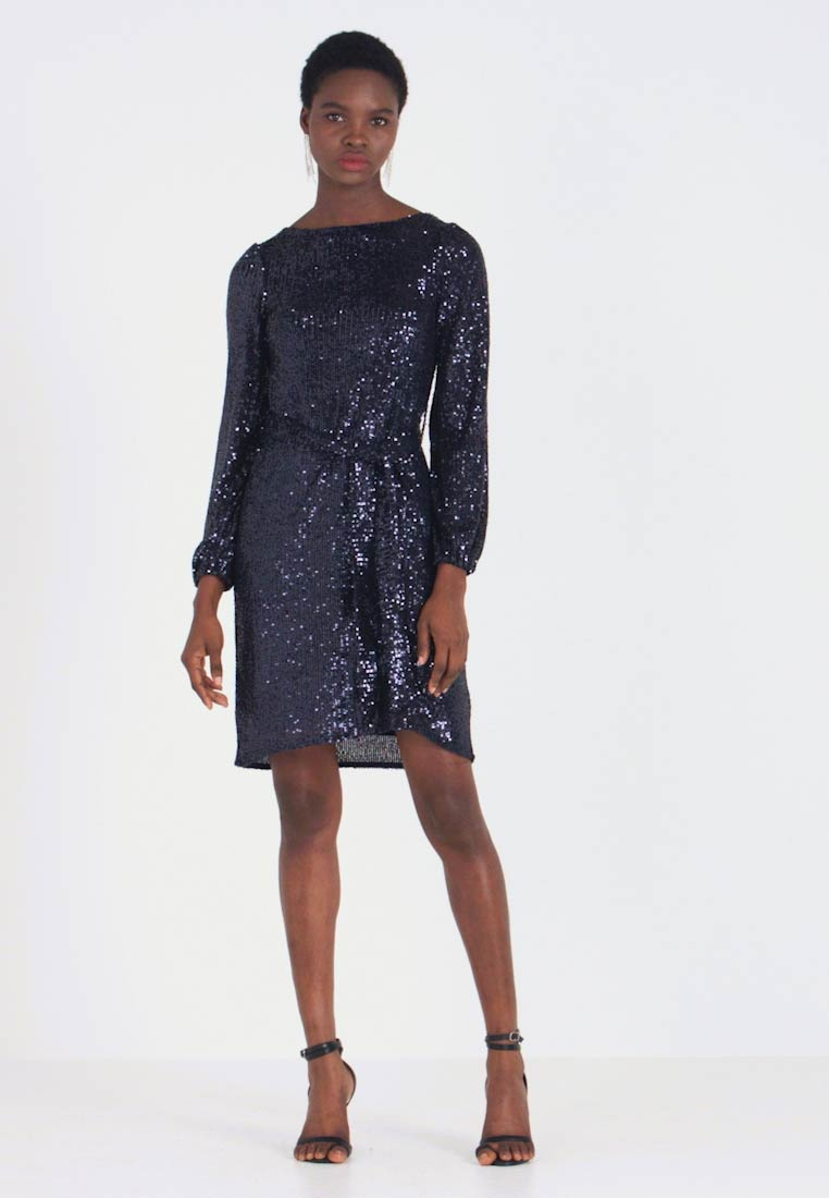 Dorothy Perkins - SEQUIN LONG SLEEVE FIT AND FLARE - Cocktailkjole - navy - 1