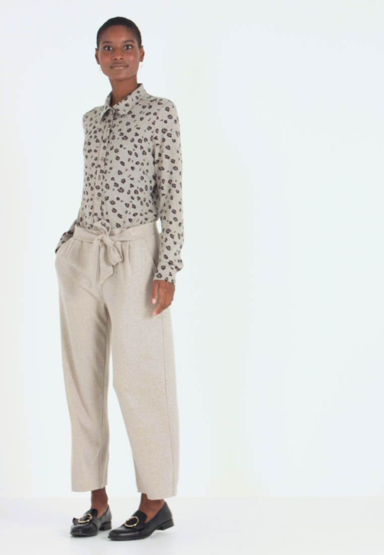 Gerry Weber Casual - Trousers - light taupe melange - 1