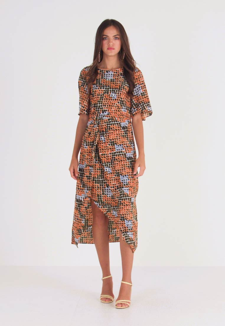 Glamorous - Robe d'été - orange green geometric - 1