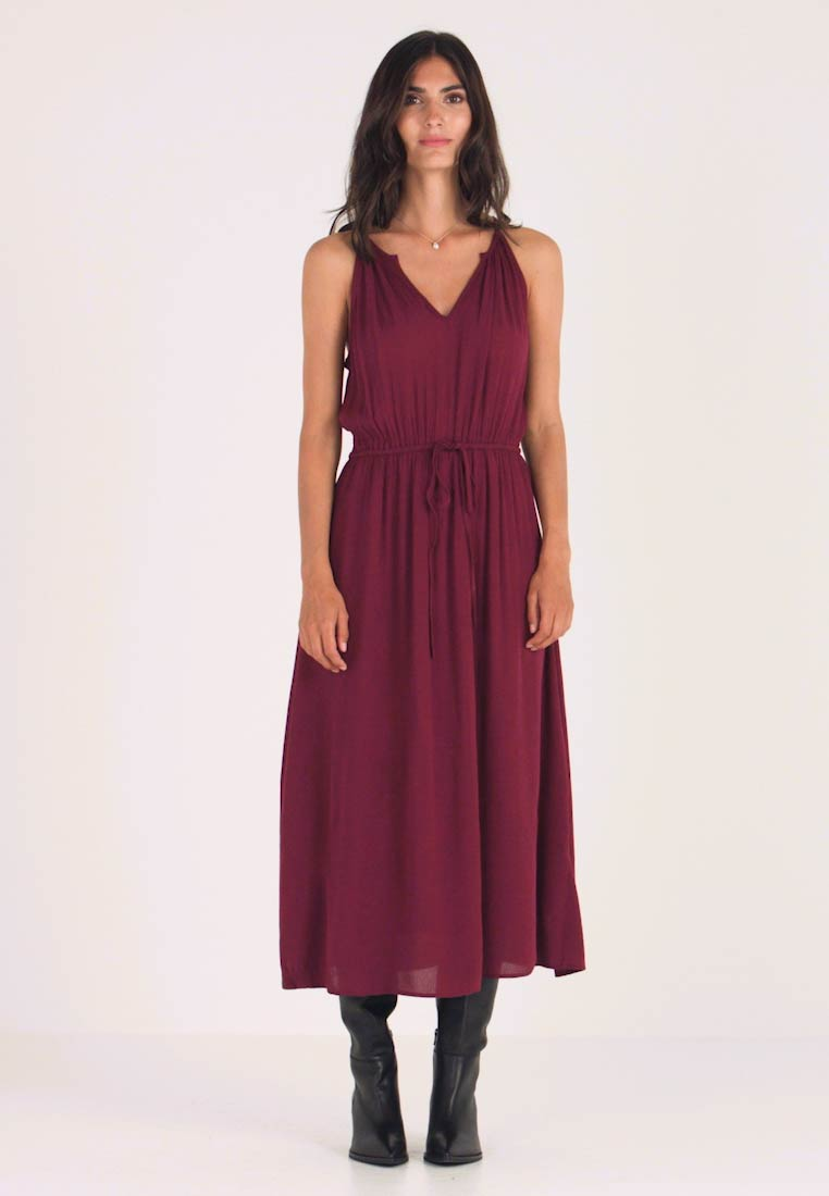 GAP - HALTER DRESS - Maxikjoler - ruby wine - 1