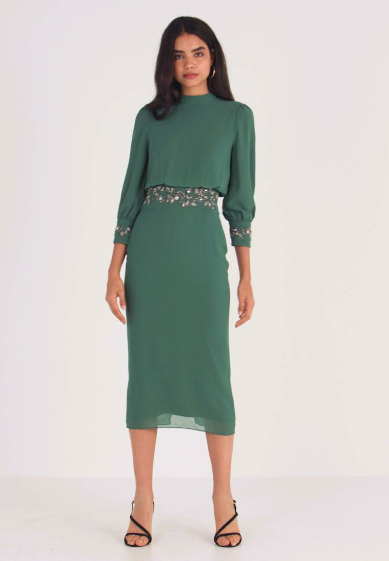 Hope & Ivy Tall - EMBELLISHED WAIST AND CUFF MIDI DRESS - Cocktailkjole - green - 1
