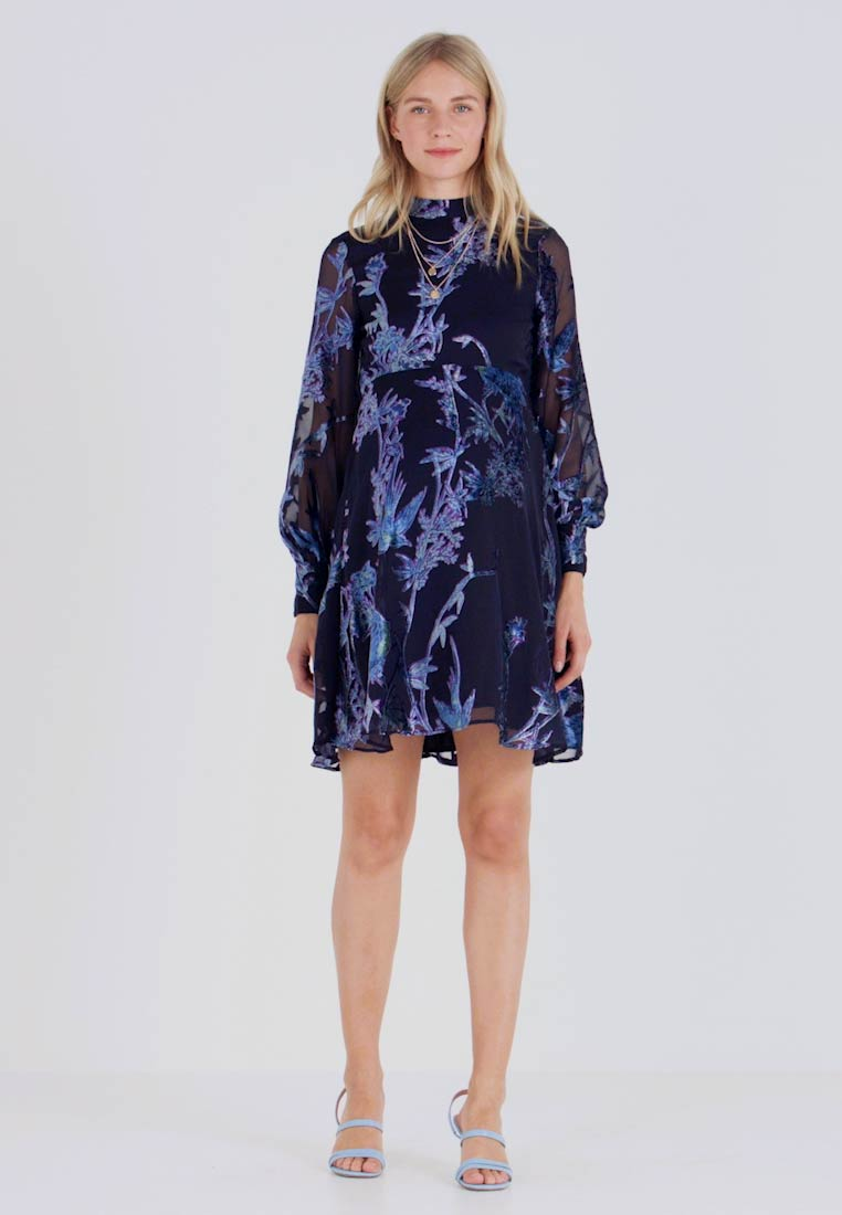 Hope & Ivy Maternity - BLOUSON SLEEVE SKATER DRESS WITH BOW BACK - Cocktail dress / Party dress - navy blue - 1