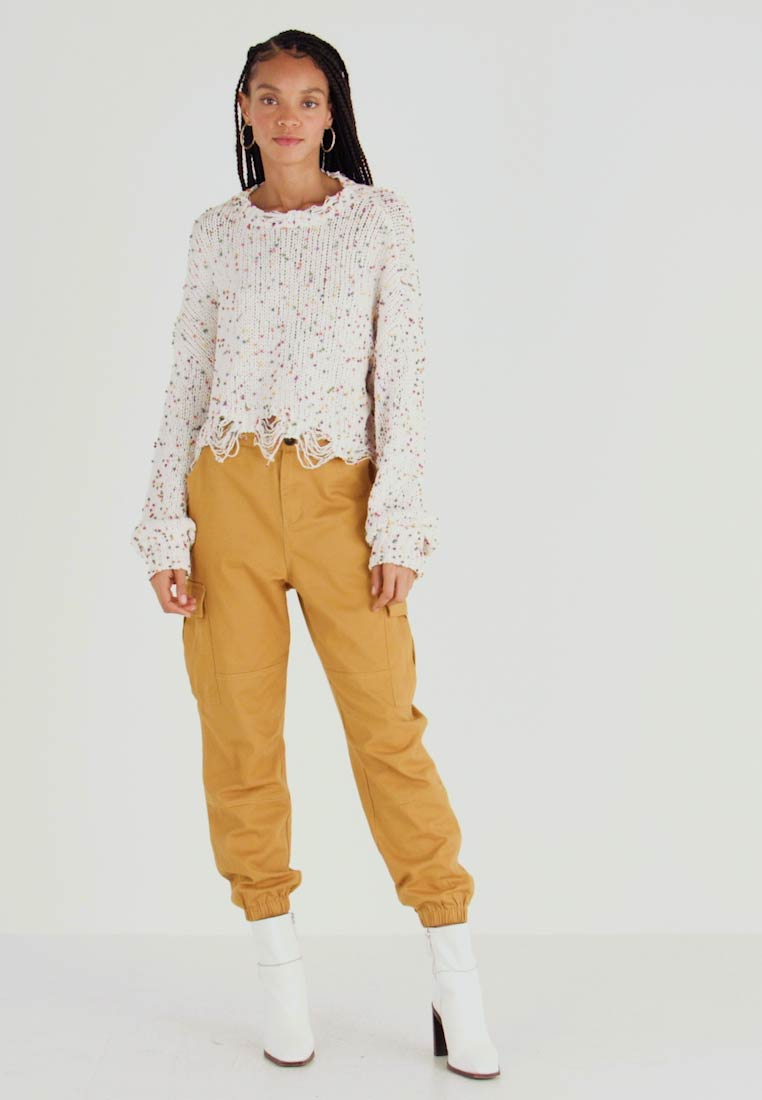 Honey Punch - JOGGER PANTS WITH - Bukse - mustard - 1
