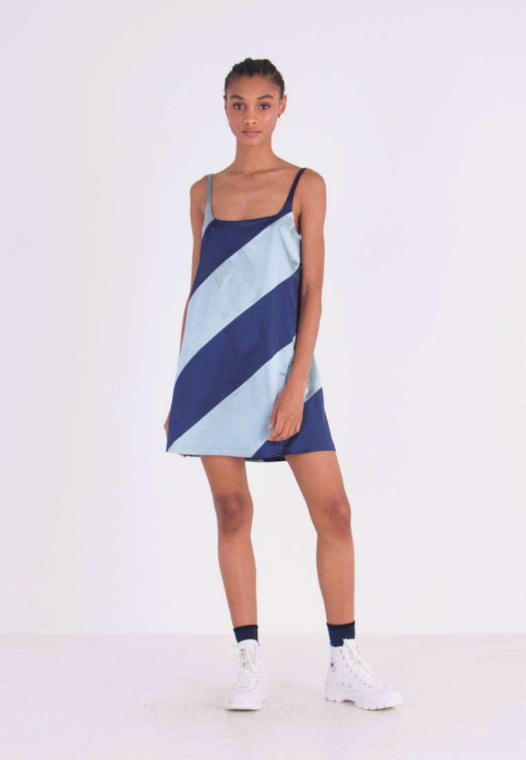 House of Holland - MUTED PANELLED SLIT DRESS - Day dress - blue/navy - 1