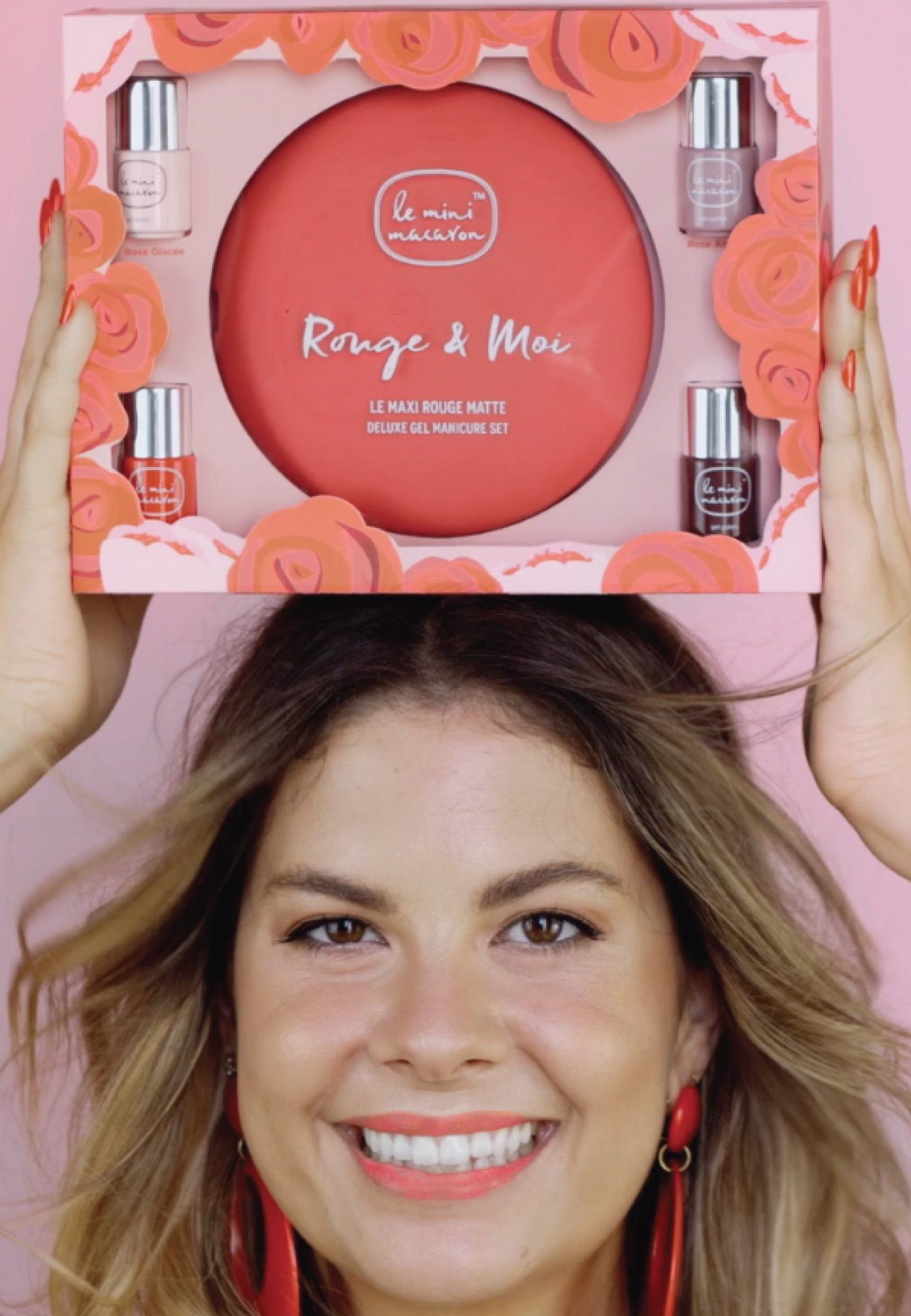 Le Mini Macaron - LE MAXI ROUGE & MOI LIMITED EDITION DELUXE GEL MANICURE SET - Nail set - mix of reds - 1