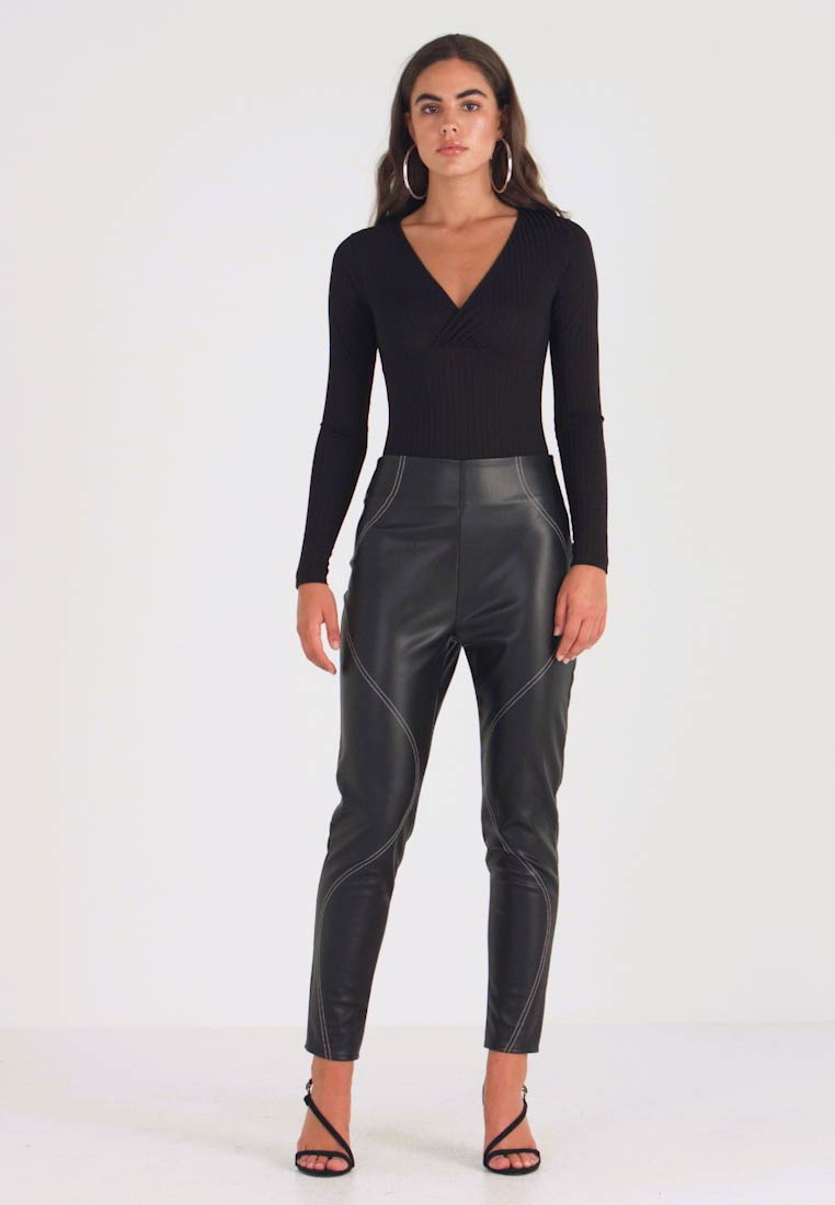 Missguided - CONTRAST STITCH TROUSERS - Stoffhose - black - 1