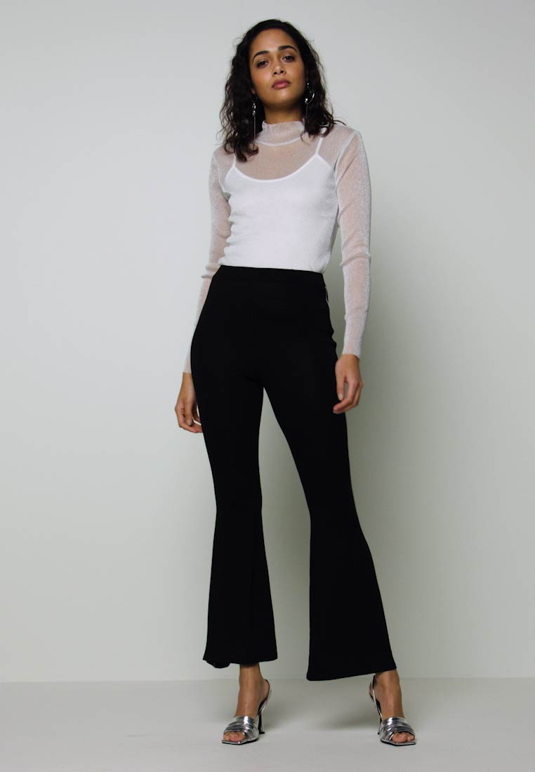 Missguided - CODE CREATE FLARE TROUSERS - Kalhoty - black - 1