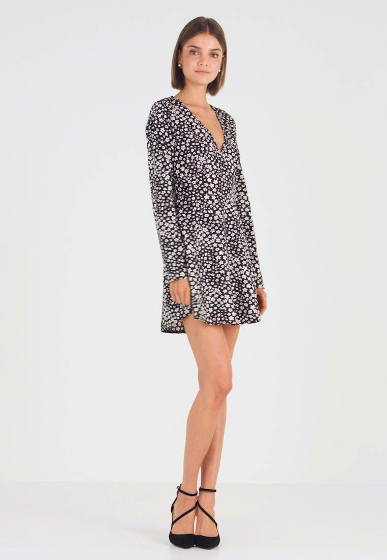 Missguided - Day dress - floral - 1