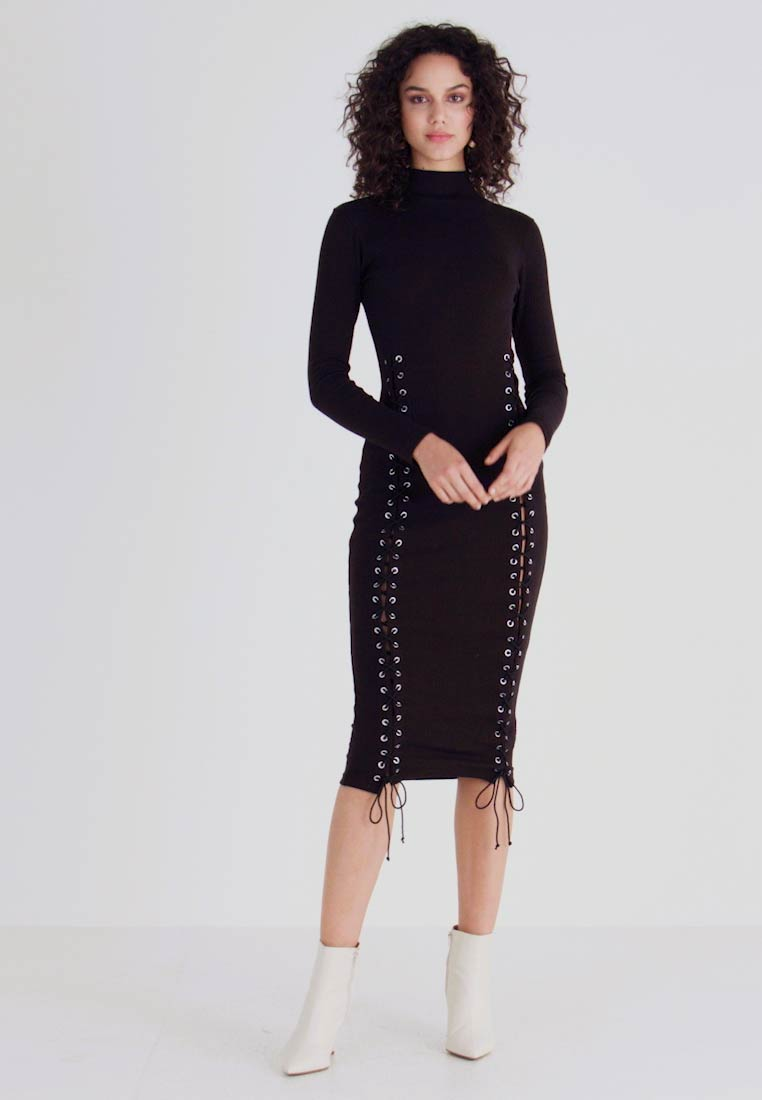 Missguided - HIGH NECK EYELET MIDAXI DRESS - Tubino - black - 1