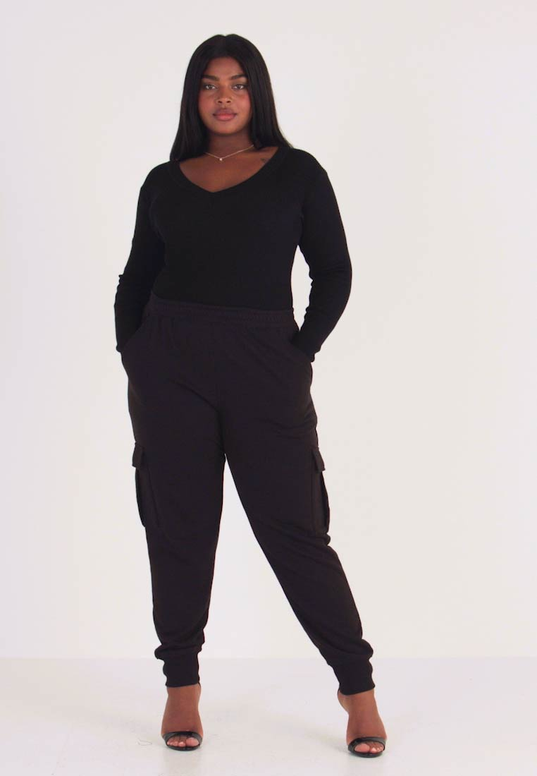 Missguided Plus - UTILITY POCKET HIGH WAISTED - Tracksuit bottoms - black - 1