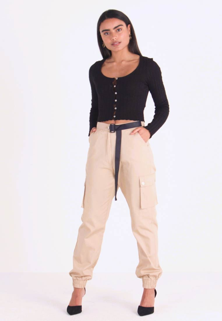 Missguided Petite - HIGH WAISTED BELTED CARGO TROUSER - Kalhoty - stone - 1