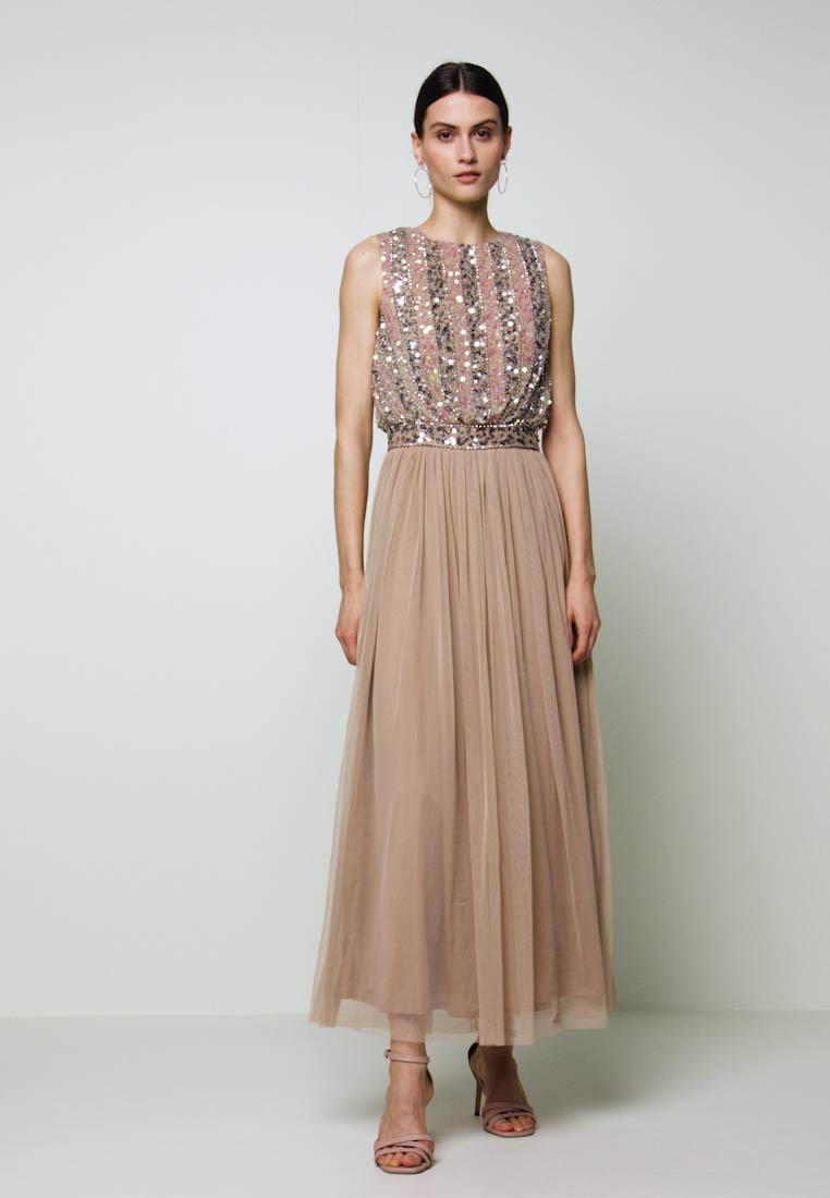 Maya Deluxe - EMBELLISHED OVERLAY DRESS WITH IRIDESCENT SEQUIN DETAIL - Suknia balowa - taupe blush - 1