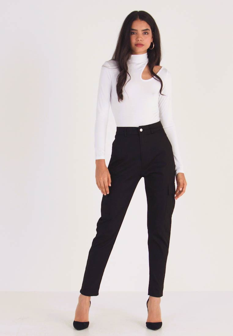 Missguided Tall - HIGH WAISTED TROUSERS WITH SIDE POCKETS - Kalhoty - black - 1