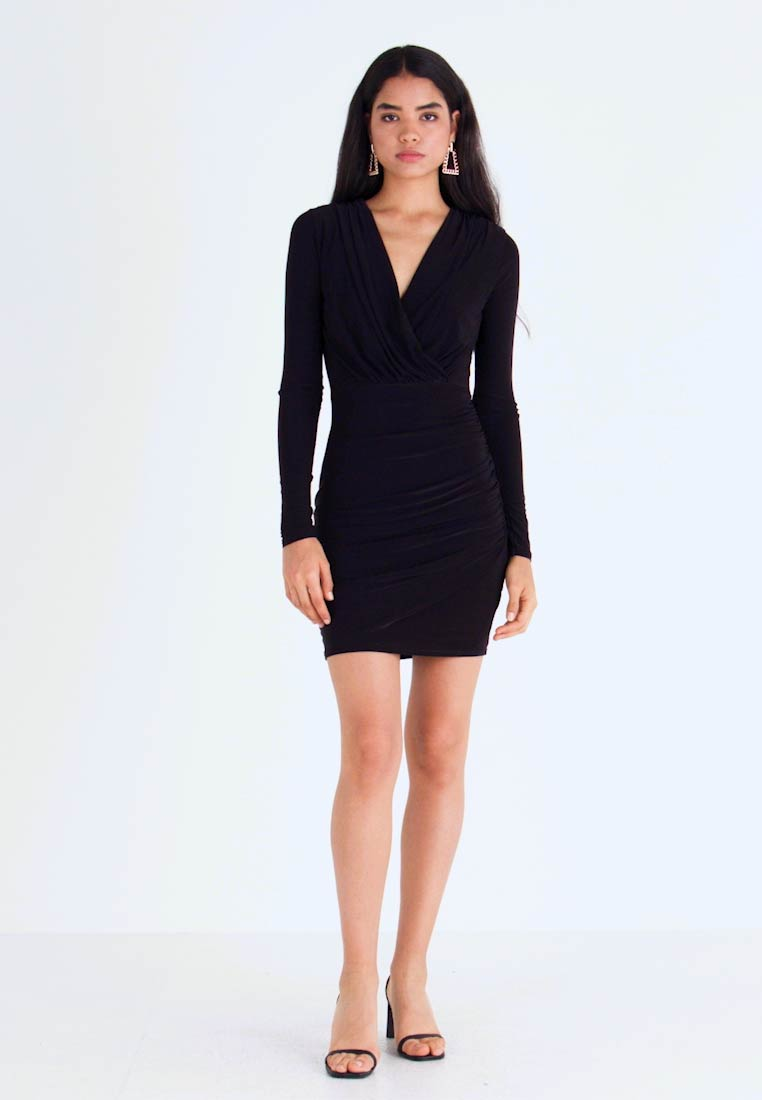 Missguided Tall - SLINKY PLUNGE WRAP RUCHED MINI DRESS - Kjole - black - 1