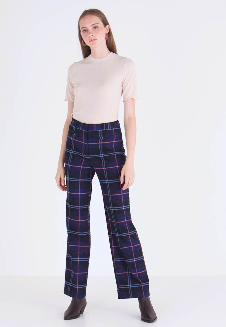 Monki - STACY TROUSERS - Trousers - blue dark geek - 1