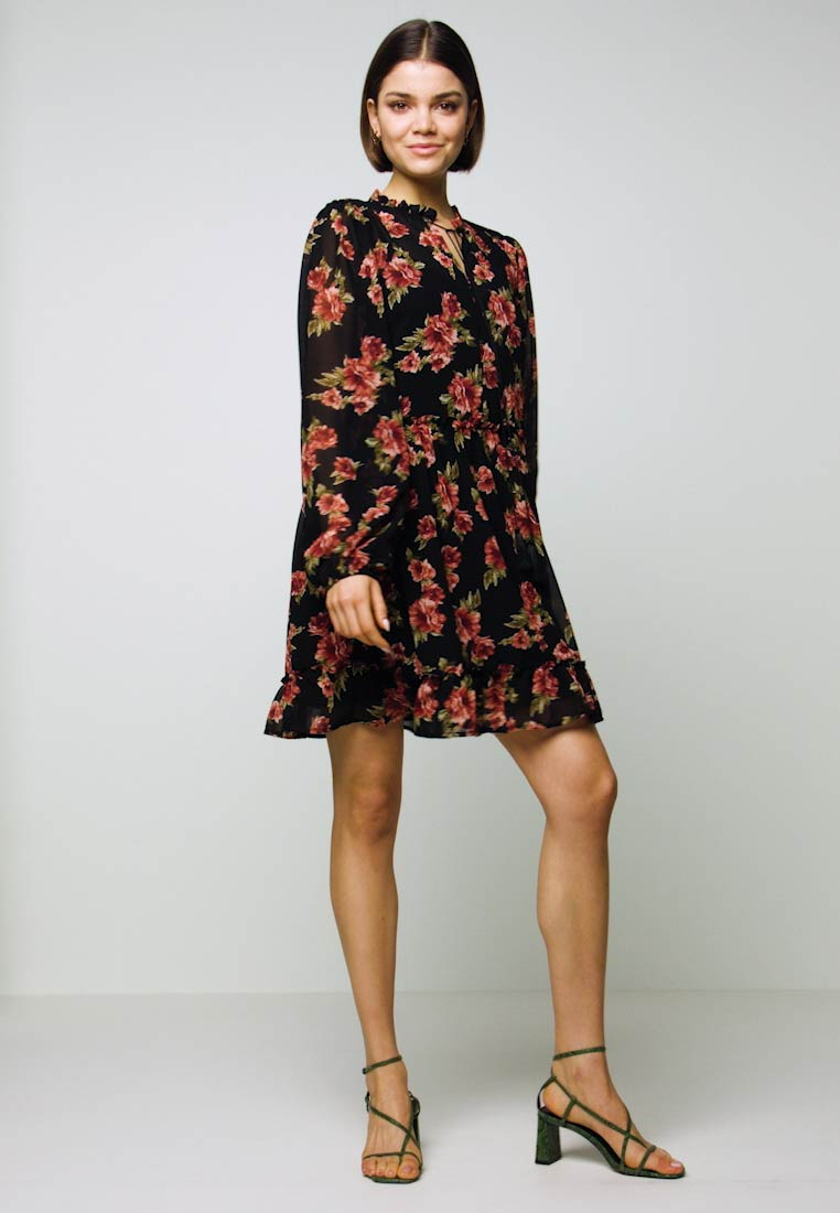 NA-KD - FLOWY MINI DRESS - Day dress - black/red flowers - 1