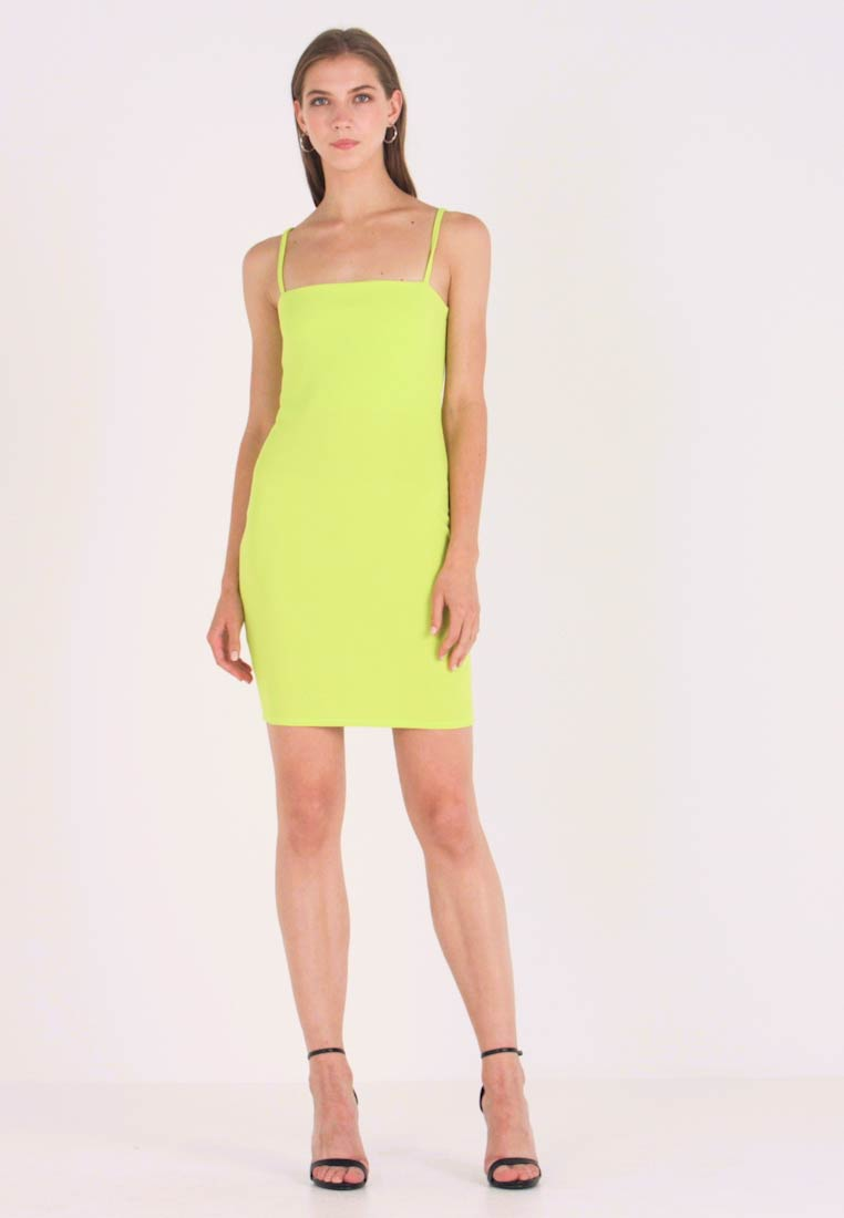 Nly by Nelly - BASIC STRAP DRESS - Robe fourreau - lime - 1