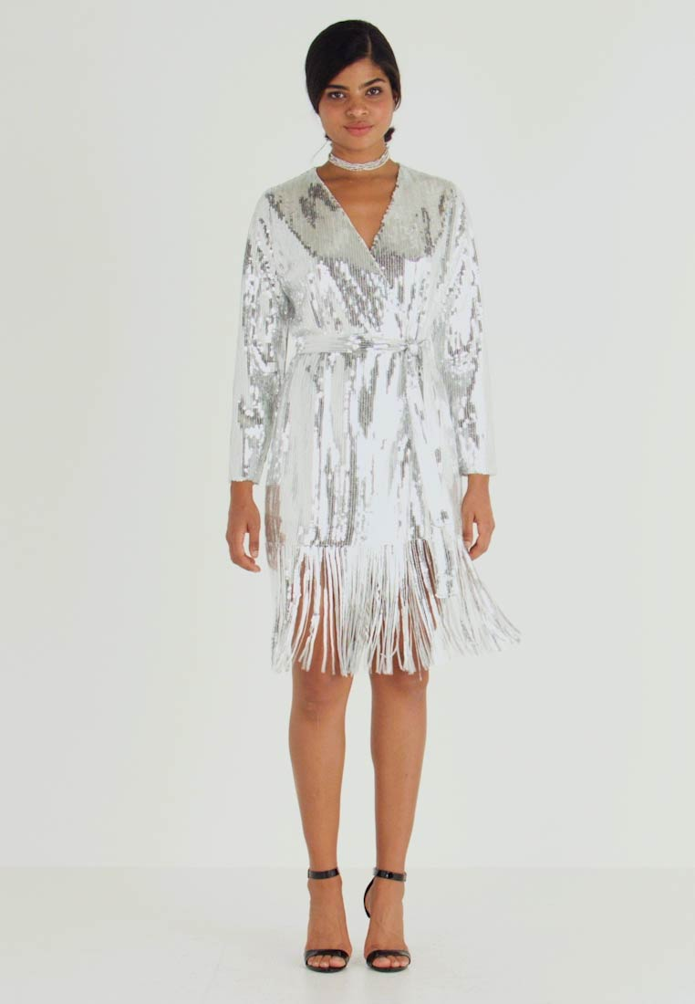 Nly by Nelly - WRAP FRINGE SEQUIN DRESS - Cocktail dress / Party dress - silver - 1