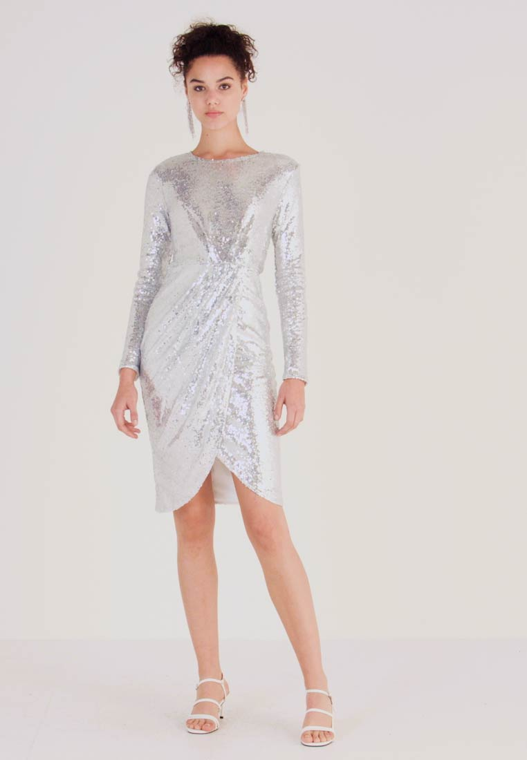 Nly by Nelly - PADDED SEQUIN DRESS - Cocktailkjoler / festkjoler - silver - 1