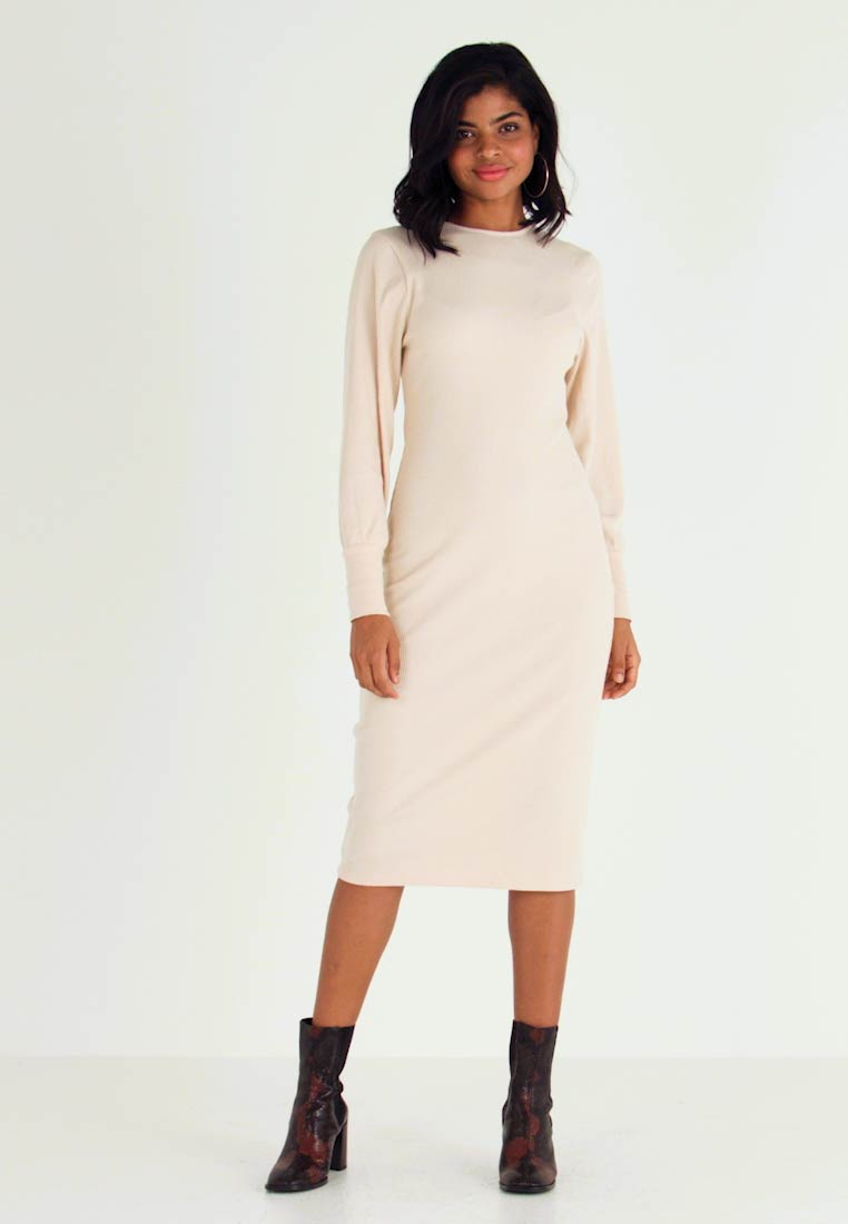 Nly by Nelly - COZY DRESS - Shift dress - beige - 1