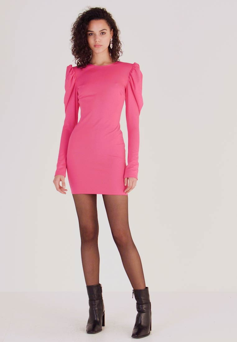 Nly by Nelly - OPEN BACK PUFF DRESS - Cocktailjurk - cerise - 1