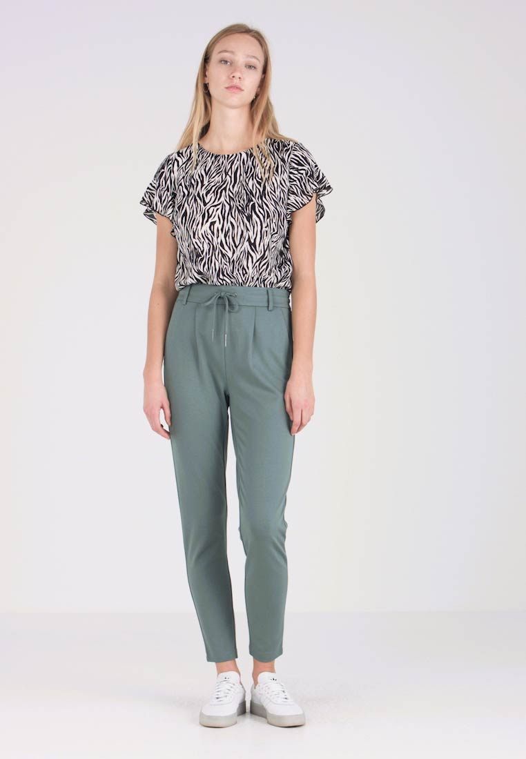 ONLY - POPTRASH EASY COLOUR  - Tracksuit bottoms - balsam green - 1