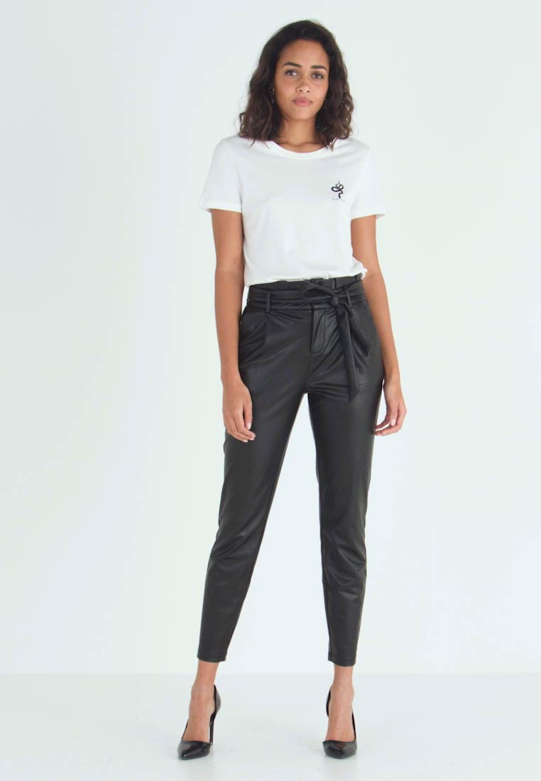 ONLY - ONLPOPTRASH YO EASY PAPERBAG - Trousers - black - 1