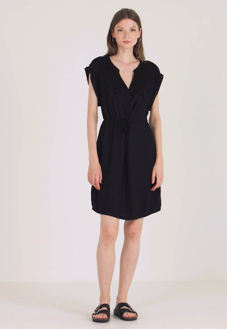 ONLY - ONYROSSA SHORT DRESS - Kjole - black - 1