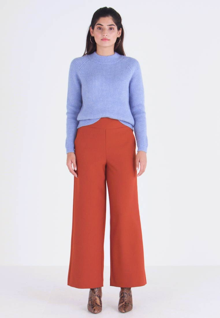 ONLY Petite - ONLINCA WIDE PANTS - Kalhoty - ginger bread - 1