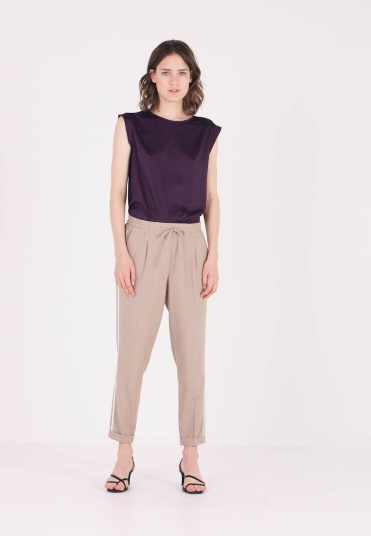 Opus - MELOSA PIN - Trousers - sandshell - 1