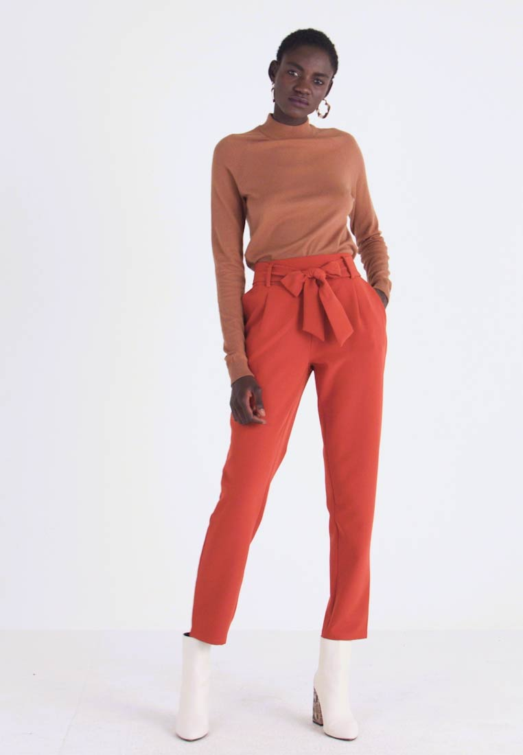 PIECES Tall - PCHIPA PANTS - Trousers - picante - 1