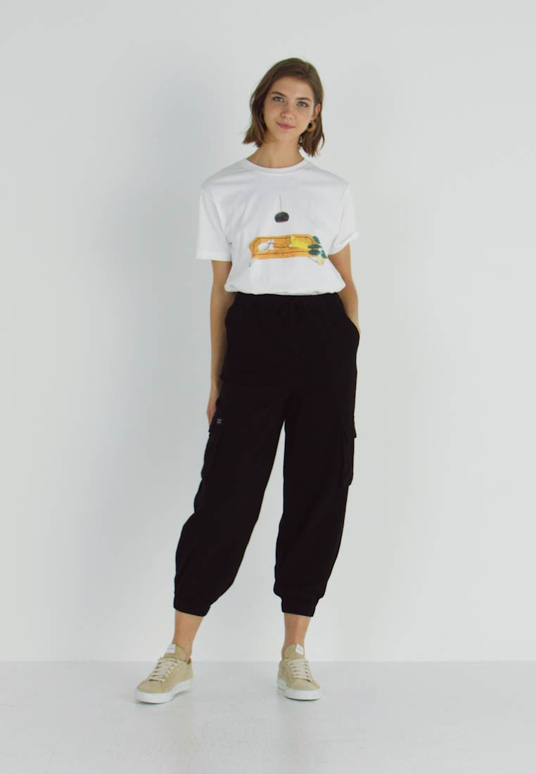 BDG Urban Outfitters - BAGGY RAFF TROUSER - Trousers - black - 1