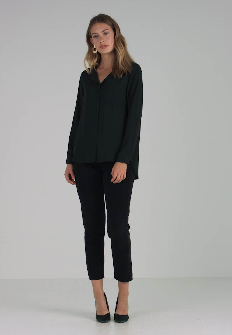 Selected Femme - SFDYNELLA - Blusa - scarab - 1