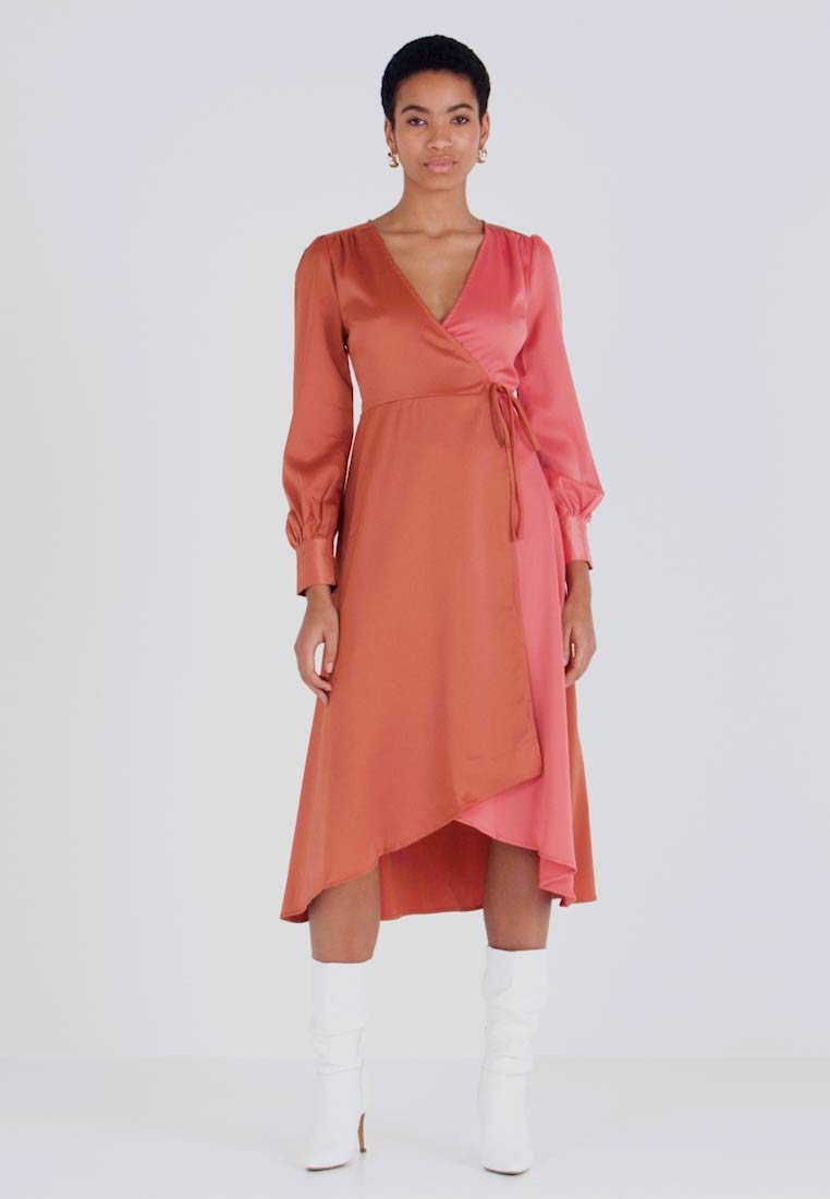 UNIQUE 21 - WRAP DRESS IN CONTRAST - Korte jurk - rust/blush - 1