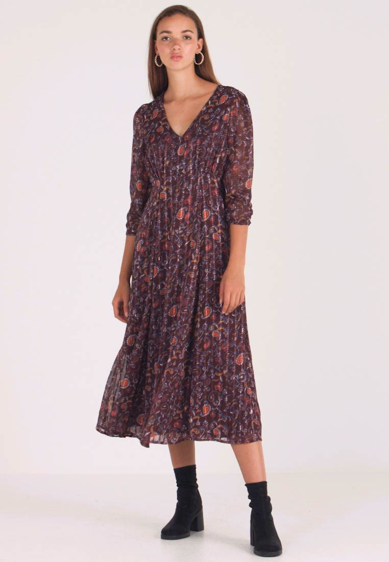 Vila - VIMAISAPAISA MIDI 3/4 SLEEVE DRESS - Day dress - dark purple - 1