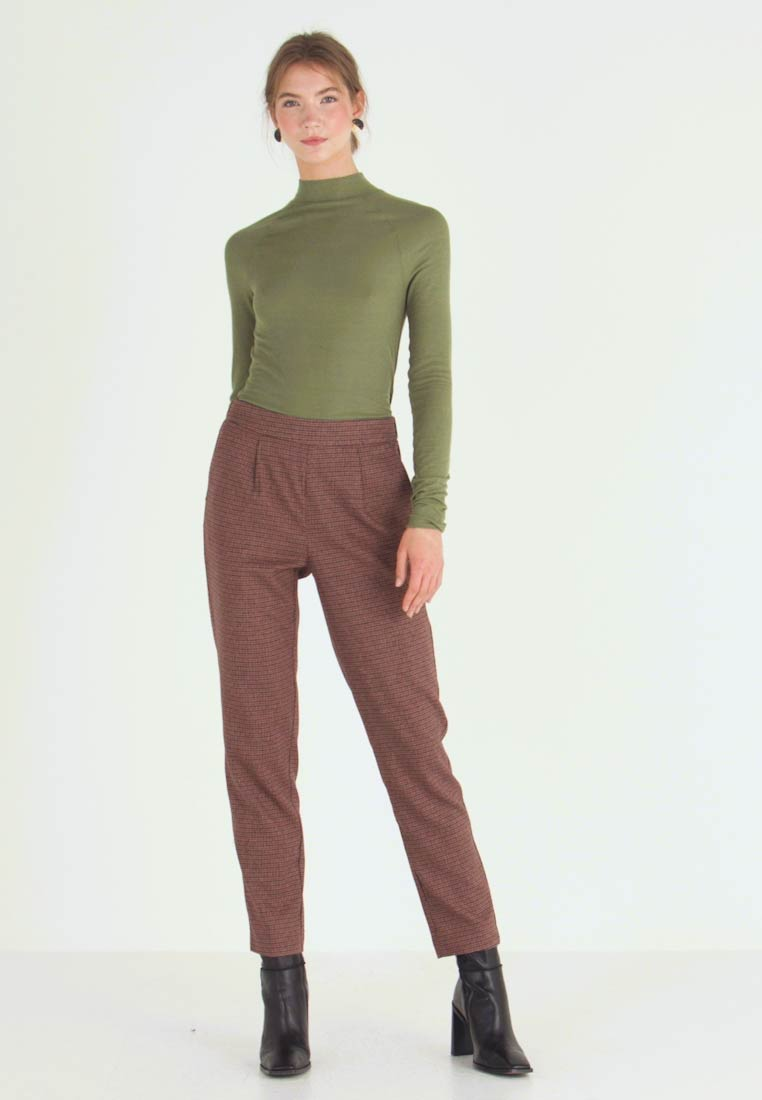 Vero Moda - VMJASMIN TAILORED CHECK PANT - Broek - madder brown - 1