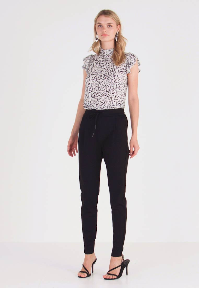 Vero Moda Tall - VMEVA LOOSE STRING PANTS  - Leggings - Trousers - black - 1