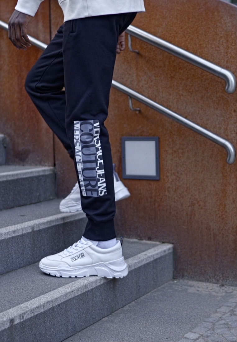 Versace Jeans Couture - Tracksuit bottoms - nero - 1