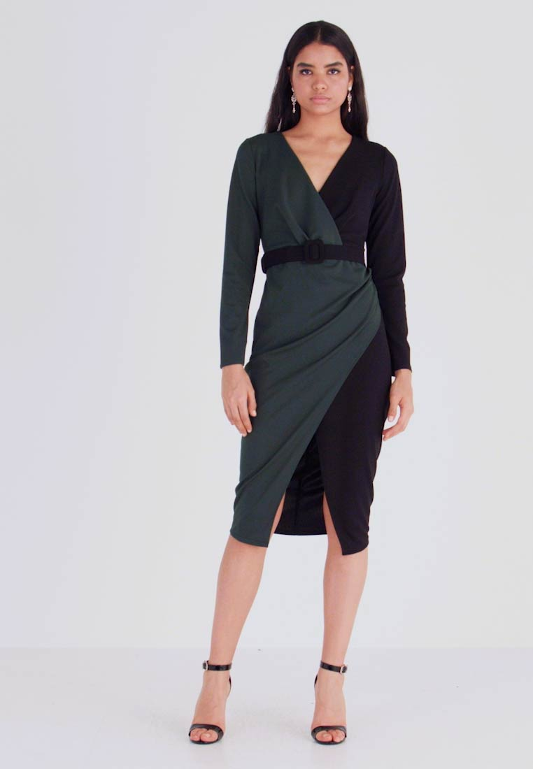 WAL G. - CONTRAST DRESS - Shift dress - black/forest green - 1