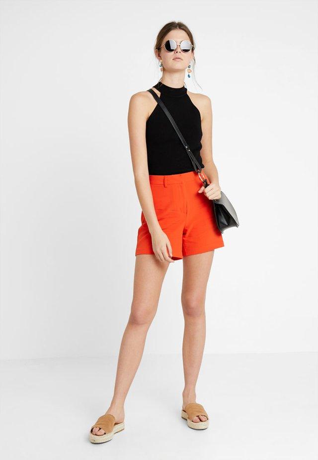 CITY MARITIME - Shorts - orange