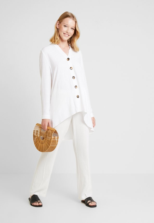 BUTTON SHIRT - Bluzka - ivory
