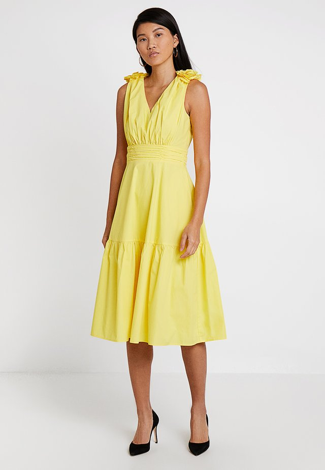 DRESS WITH FLOWERS - Juhlamekko - yellow